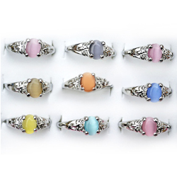 Free Gemstone Rings Deal Free Gemstone Rings and Free Makeup for New Sneakpeeq Accounts!