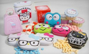 Hello Kitty Deal 300x182 Hello Kitty Candy & Bandages Bundle $25 (Regularly $77.87)