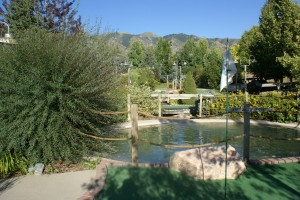 2 Mini Golf 300x200 $2 Mini Golf at Willows Golf Park for USU Students! (Providence)