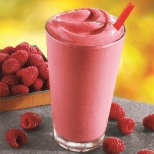 real fruit smoothie burger king 300x300 Buy 1 Get 1 FREE Real Fruit Smoothie Coupon at Burger King!